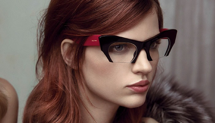 """Trend alert: Rasoir di Miu Miu, gli occhiali """"tagliati"""""""