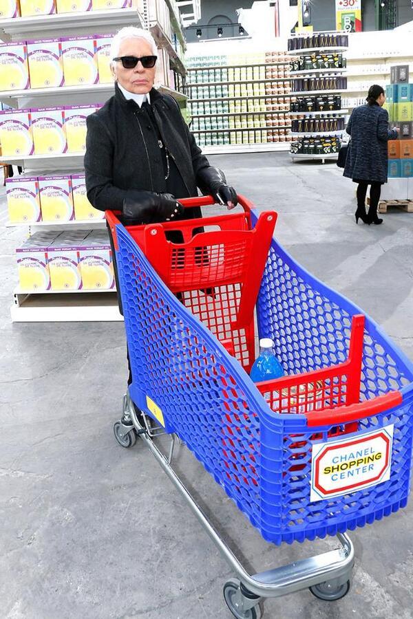 chanel supermarket 2014 karl lagerfeld backstage