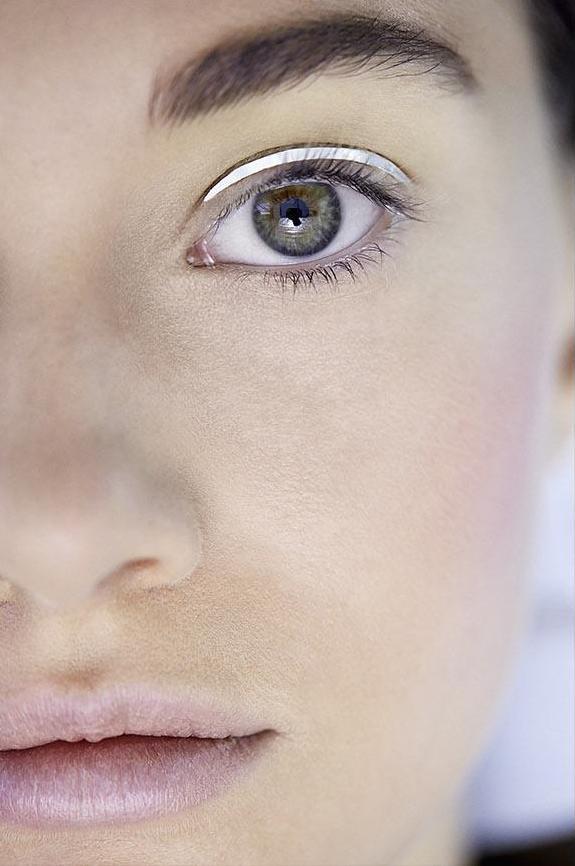 Dior patch, l'eyeliner adesivo come in sfilata