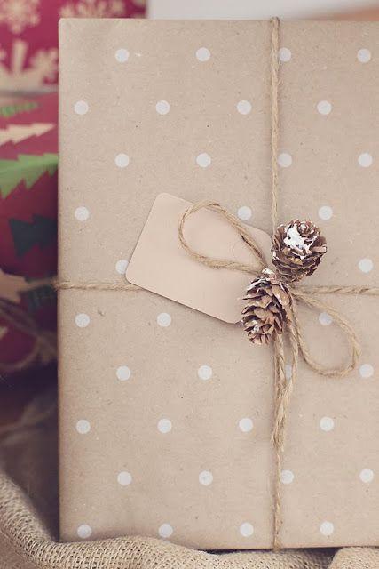 Idee semplici fai da te per pacchetti di Natale