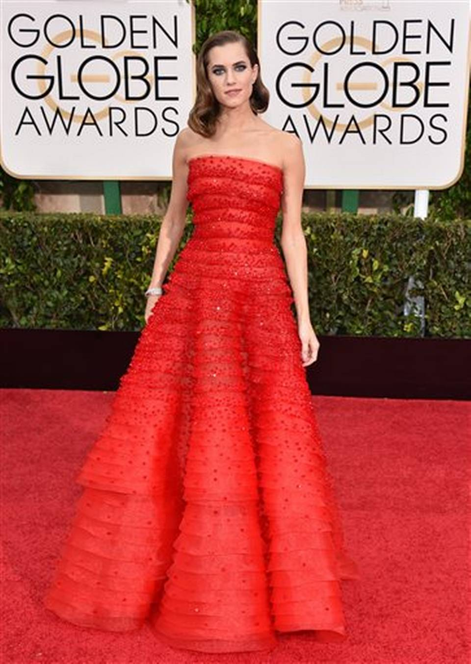 Allison Williams In Armani Privè