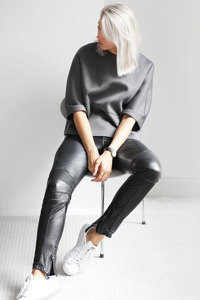 Pantaloni pelle 23