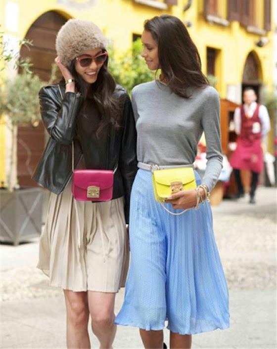 Metropolis Furla, la borse per la primavera 2015 è mini e colorata