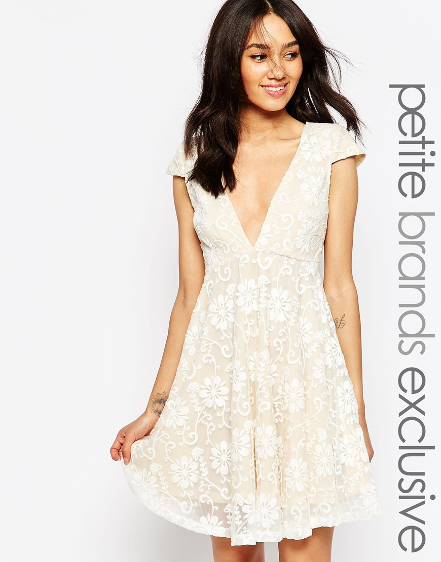 Super Vestiti per matrimonio: 100 idee tra abiti pastello, lunghi e  OB01