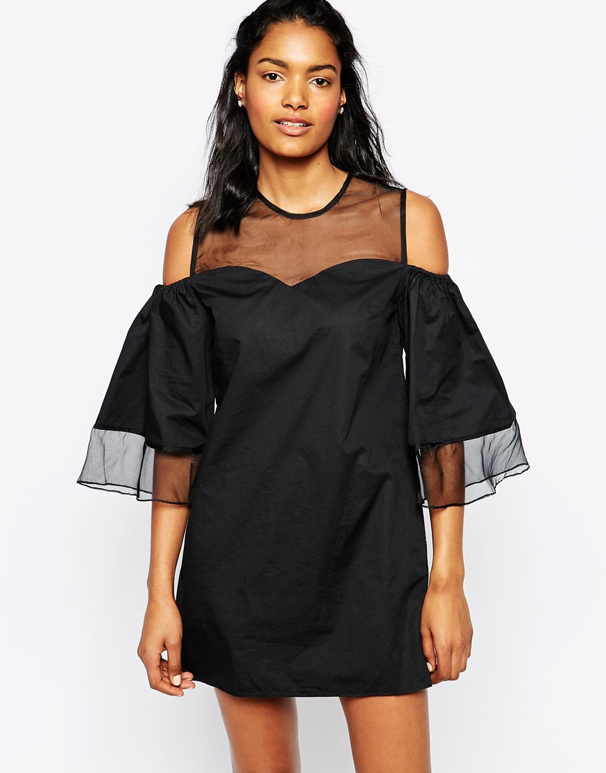 27_189,99 Vestito Shakuhachi-Loulo, con spalle scoperte e manniche elasticizzate, carré in tessuto a rete trasparente