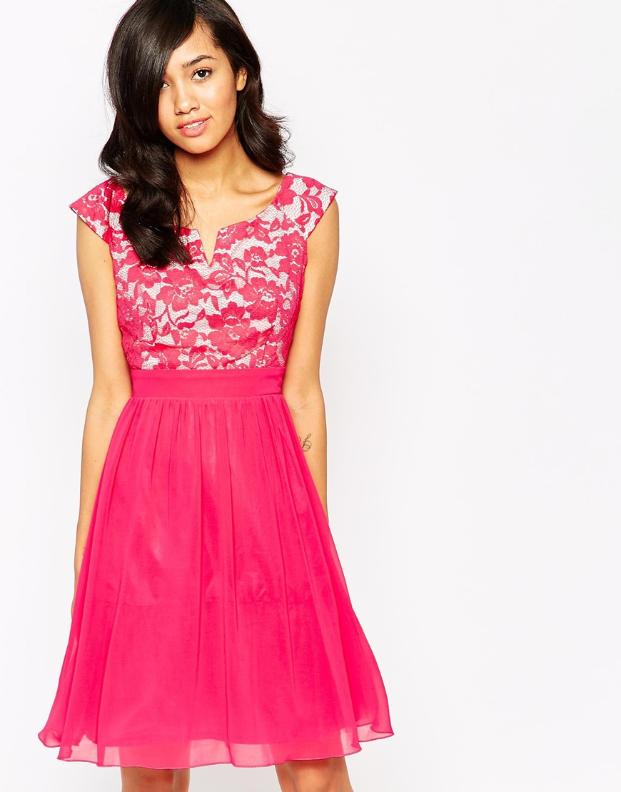28_Abito Little Mistress, con scollo alla bardot e gonna in chiffon foderato ( 64,99 € su Asos)