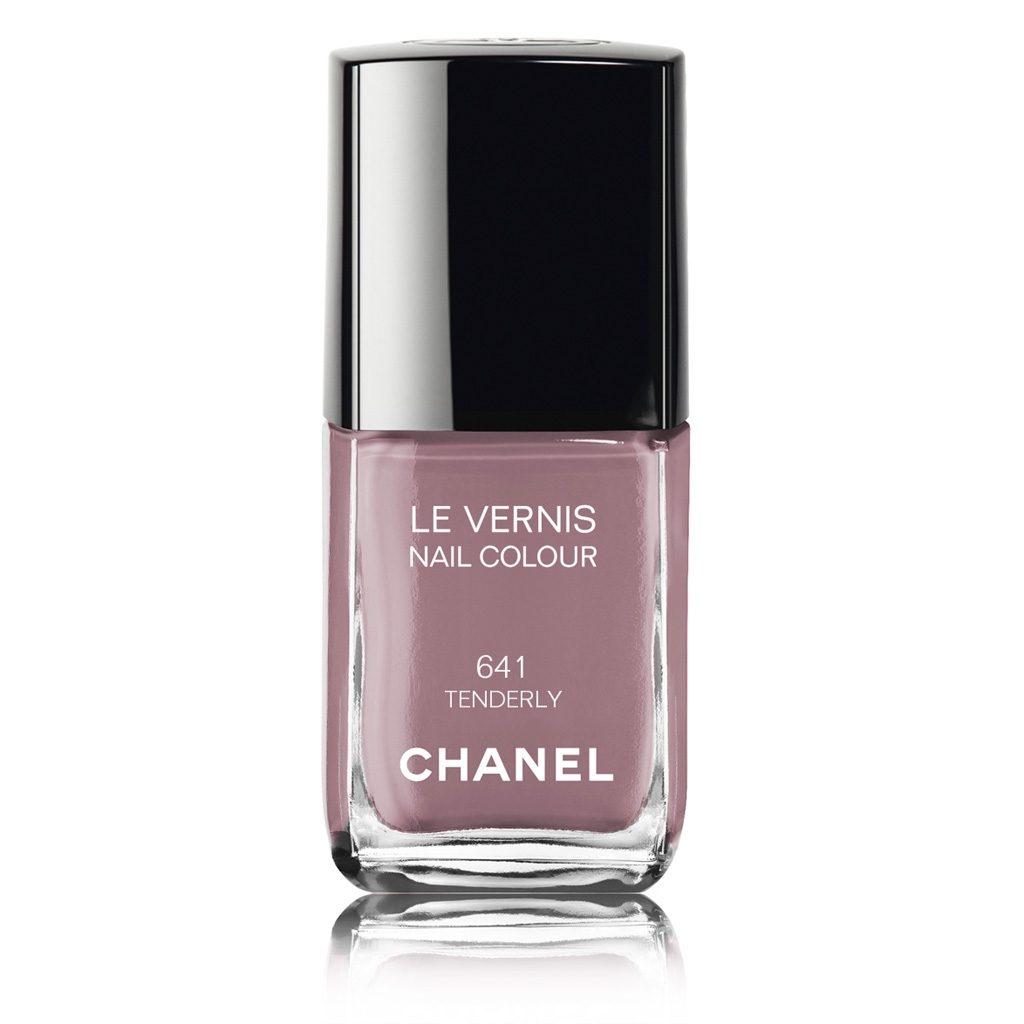 Smalto Chanel, tonalità 641 Tenederly