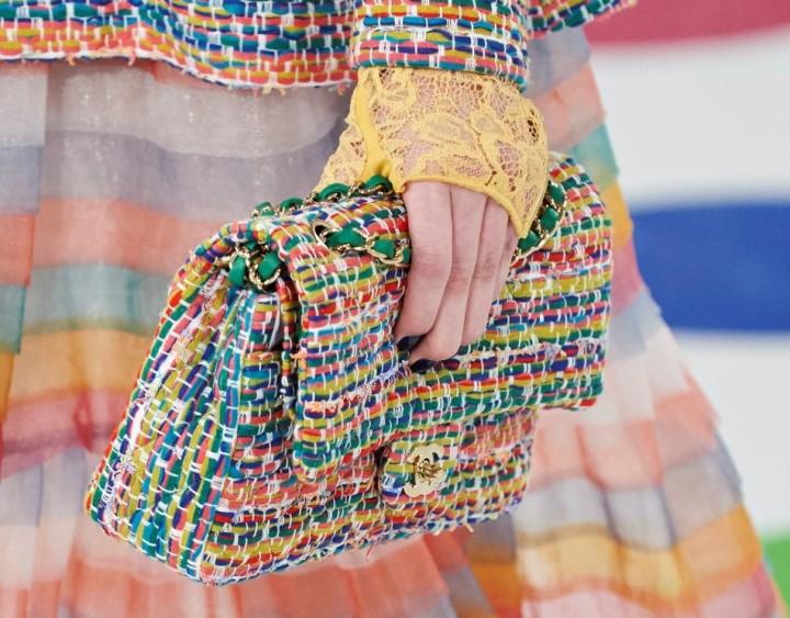 chanel-seoul-resort-cruise-2016-bags-accessories-17-e1432232367912