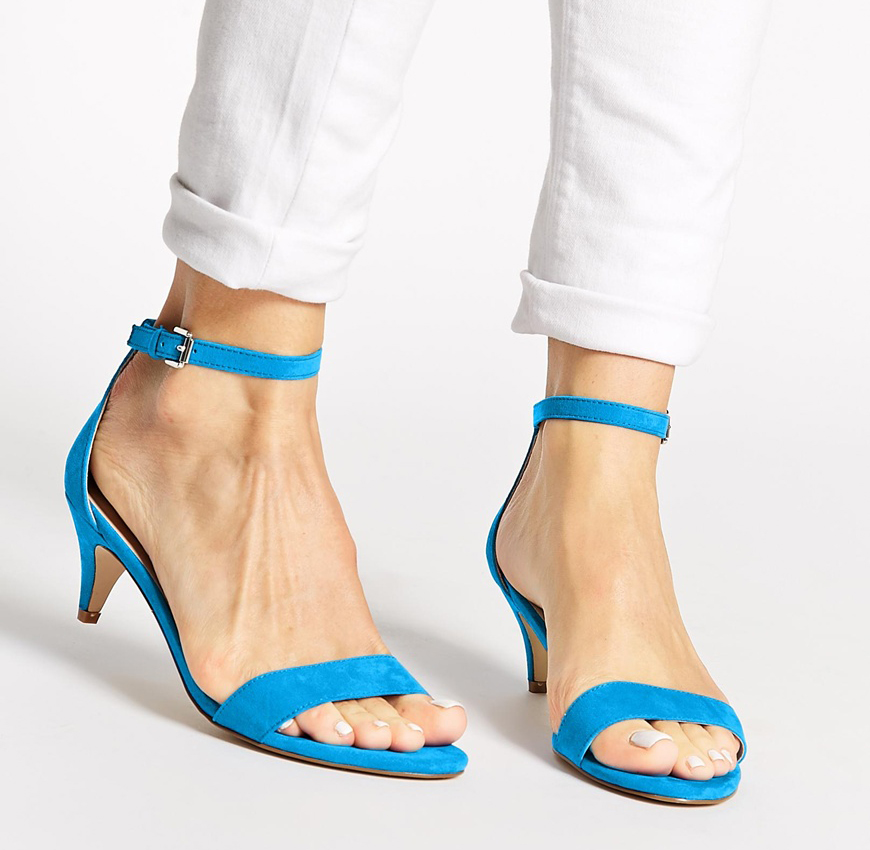 sandalil-blu-mod