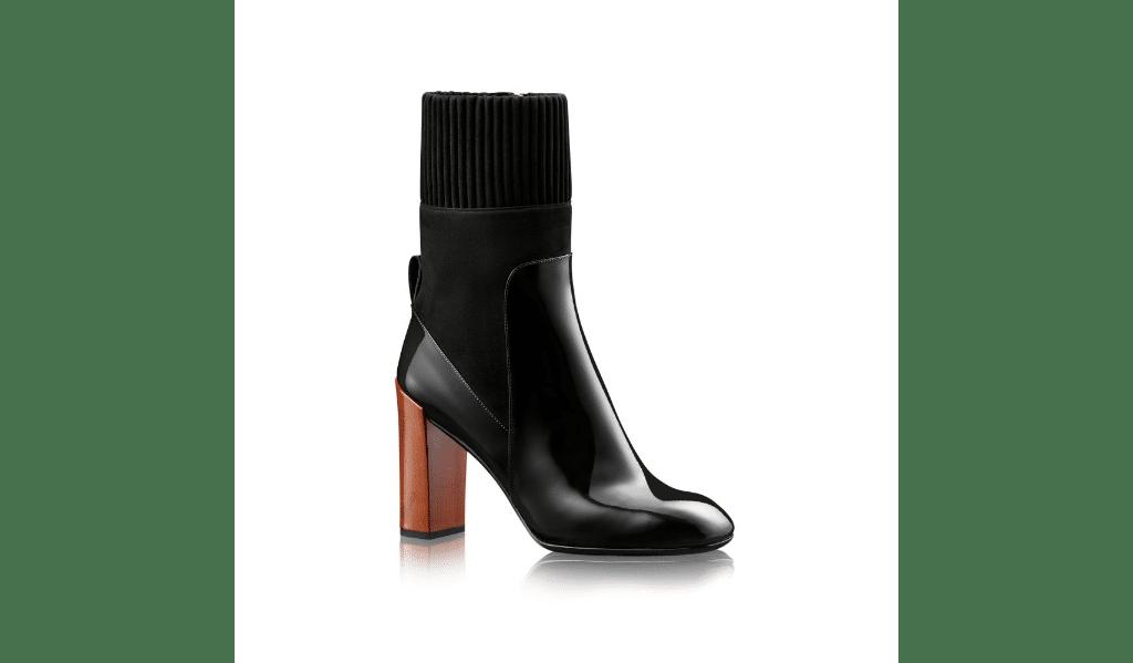 16_Stivaletto Studio di Louis Vuitton, in pelle di vitello verniciata e pelle di capretto scamosciata (950 € sullo store online)