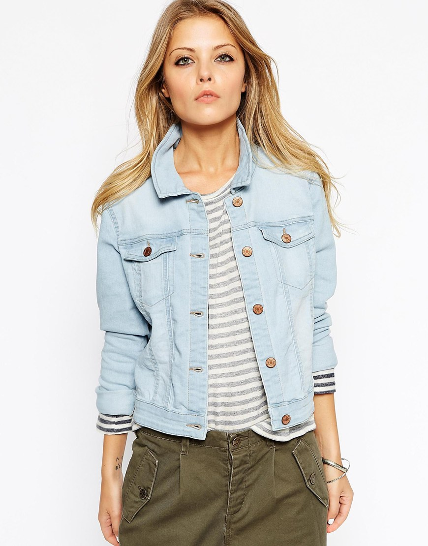 27_Giacca di jeans Noisy May, in denim slavato (32,99 € su Asos)