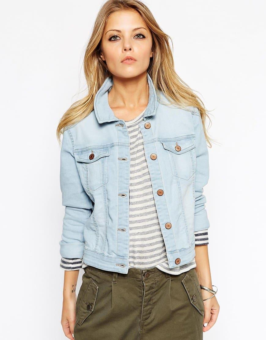 27_Giacca di jeans Noisy May, in denim slavato (32,99 € su Asos)
