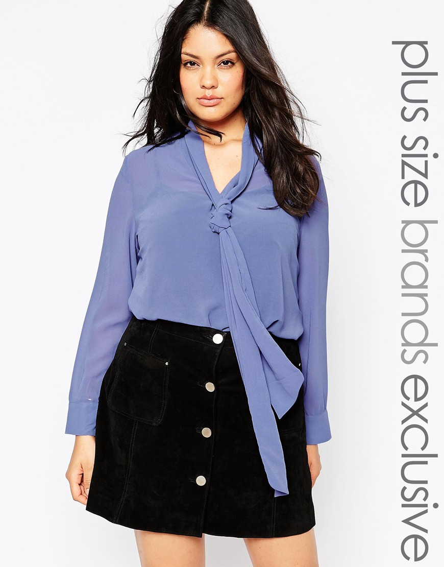 80_Blusa Alice & You, con collo a foulard; in chiffon semivelato (33,99€ su Asos)
