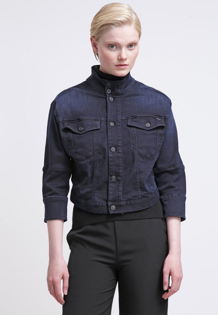 8_Giacca di jeans corta G-Star, con taglio tailor (180 € su Zalando)