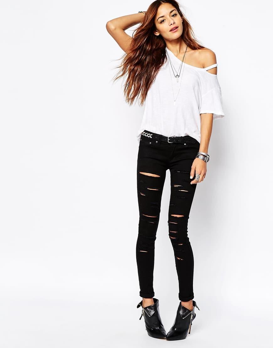 9_jeans strappati donna