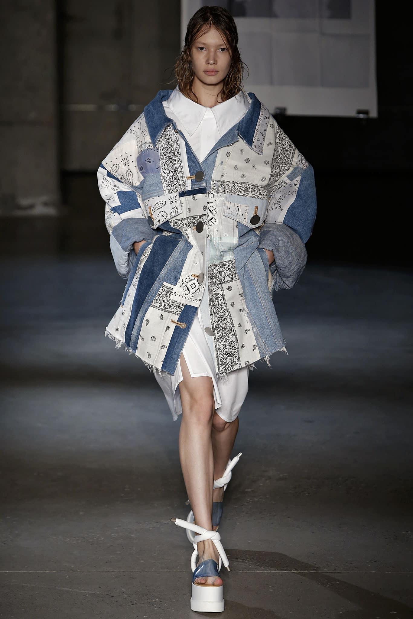 Giacca di Jeans strutturata Margiela, collezione Primavera Estate 2015