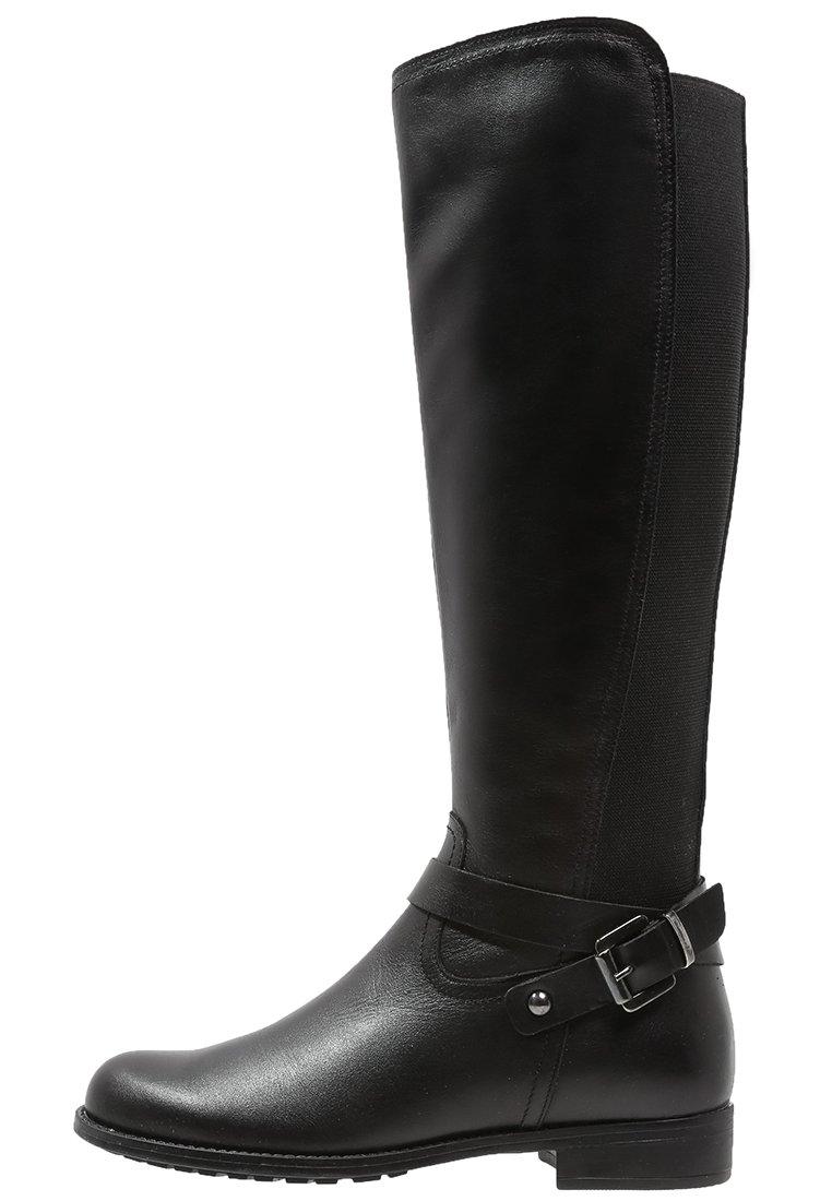 13_Stivali da donna neri senza tacco