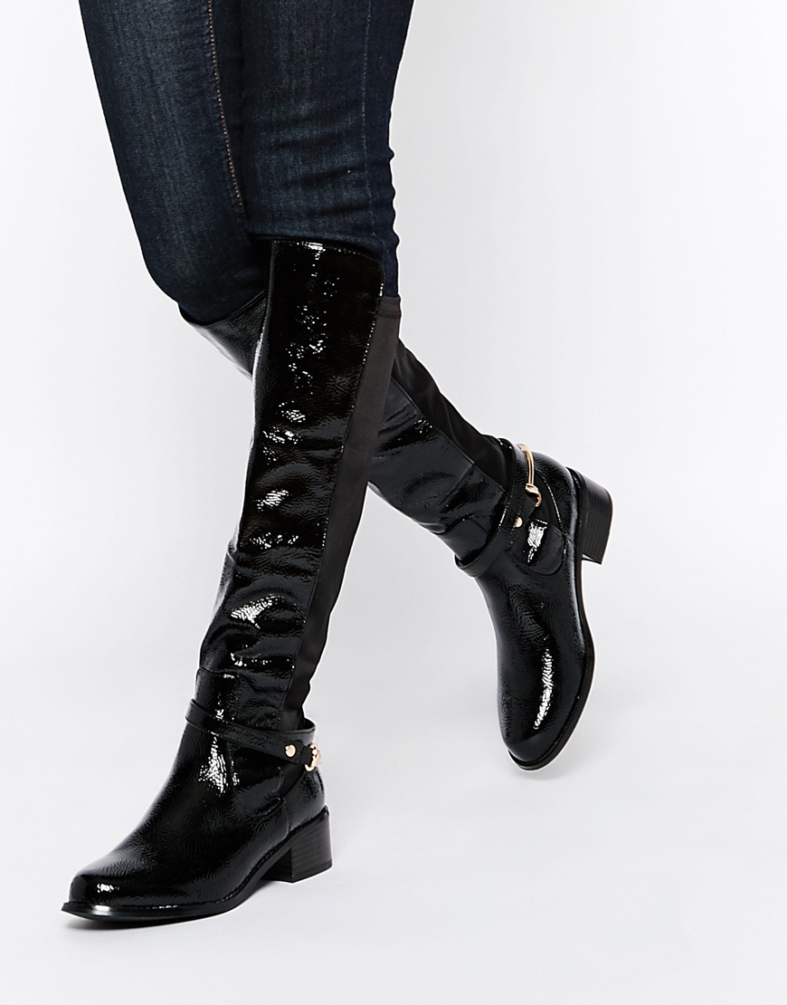 19_Stivali da donna neri senza tacco