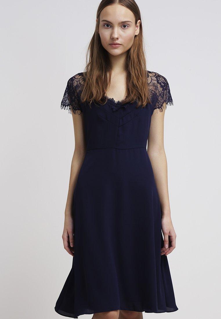 23_abiti eleganti da donna inverno 2015