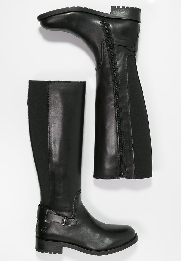 9_Stivali da donna neri senza tacco
