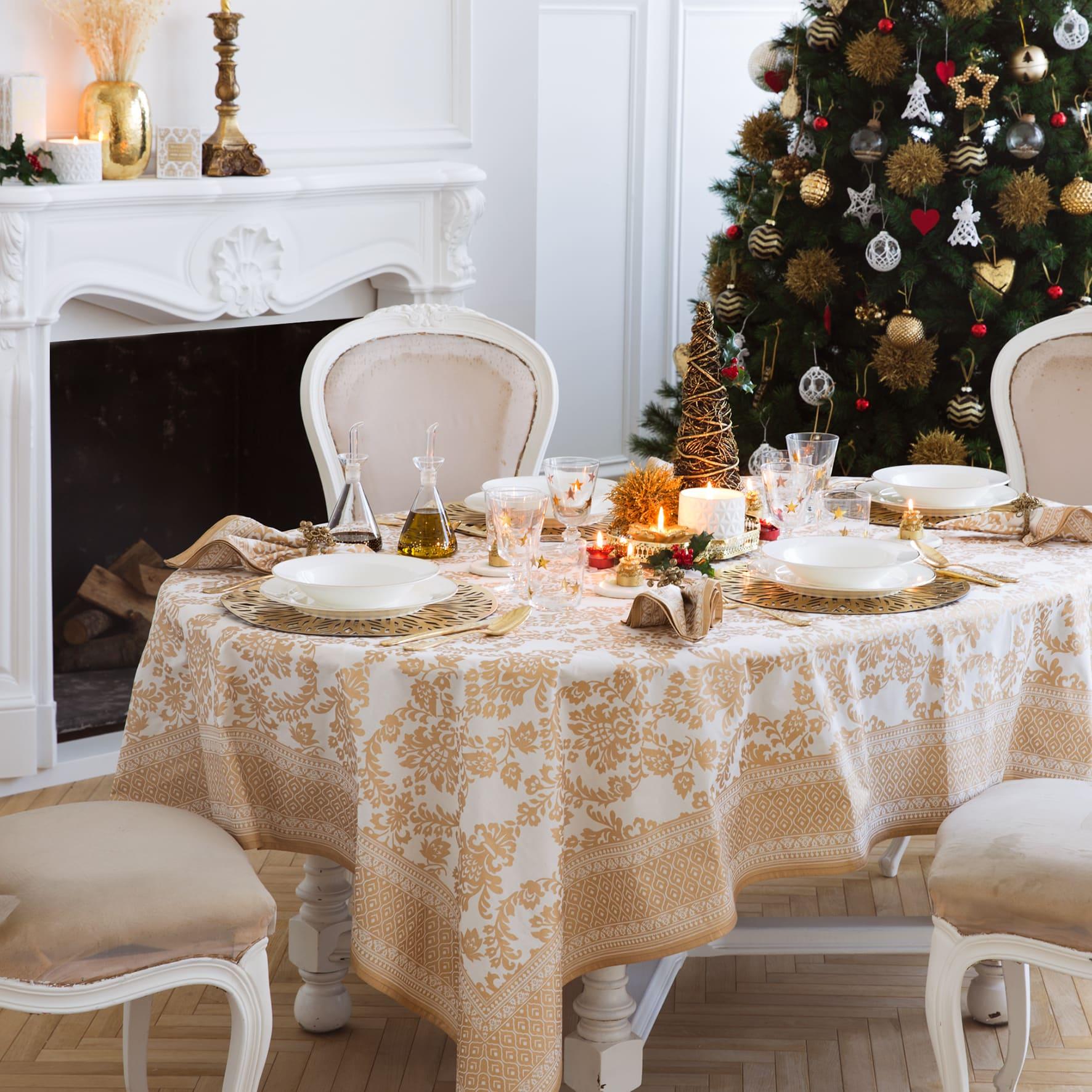 Tavola di Natale tovaglia oro
