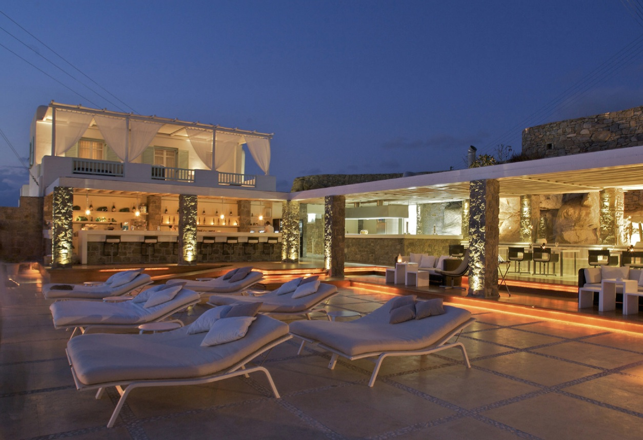 Linea light group hotel