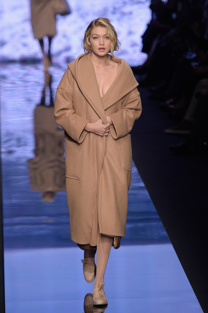 MILAN, ITALY - FEBRUARY 26: Gigi Hadid walks the runway at the Max Mara show during the Milan Fashion Week Autumn/Winter 2015 on February 26, 2015 in Milan, Italy. (Photo by Pietro D'Aprano/Getty Images)