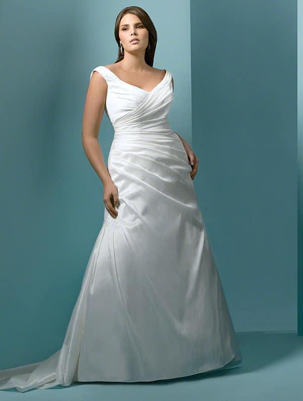7 piccola guida agli abiti da matrimonio curvy
