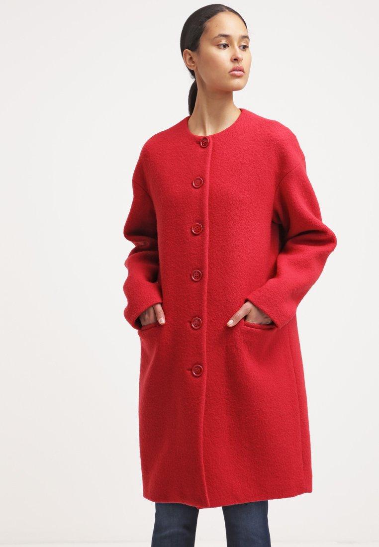cappotto rosso donna