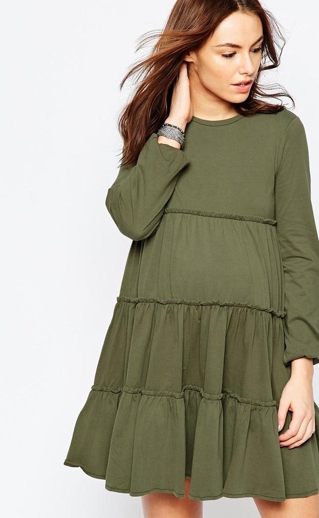 Come vestirsi in gravidanza: abiti corti da giorno