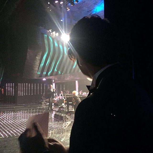 Il backstage di Garko sul palco