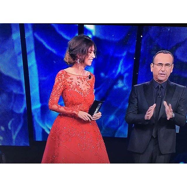 Madalina Ghenea, il secondo look della seconda serata