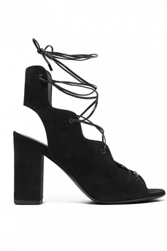 lace up shoes scarpe con lacci
