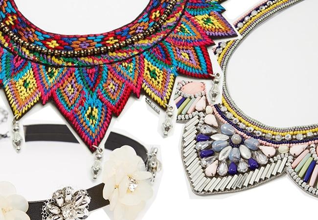 collane colorate per tubino nero