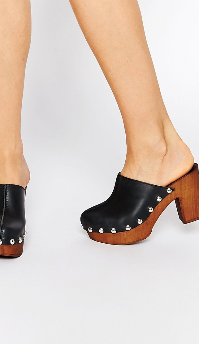 Clogs, mules & co: 15 idee shopping!