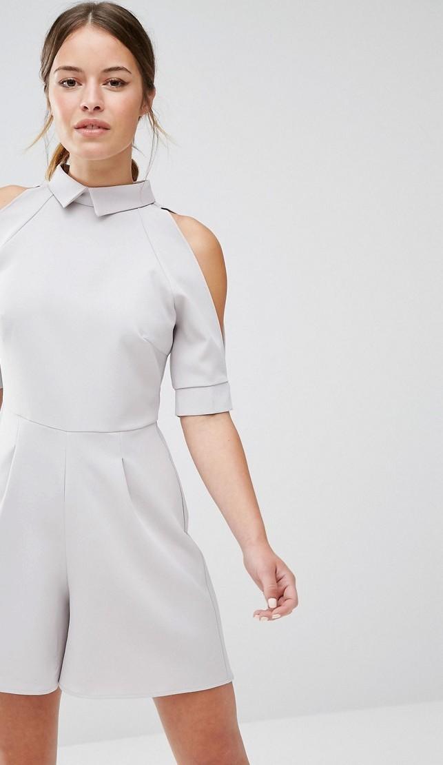 Mini jumpsuit cut out con tagli strategici