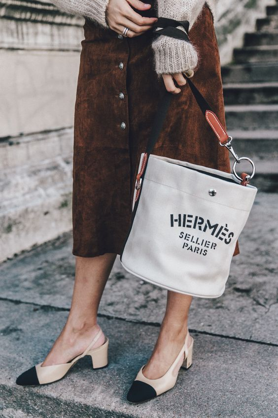 Dubbi di moda: scarpe e borsa devono essere abbinate?