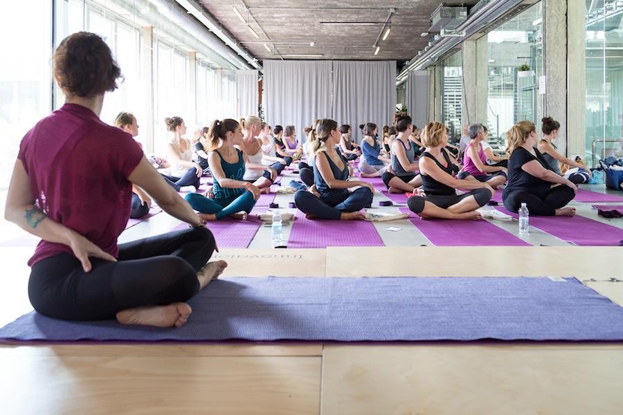 yoga fashioncamp 2016