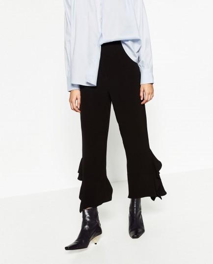 flare pantaloni