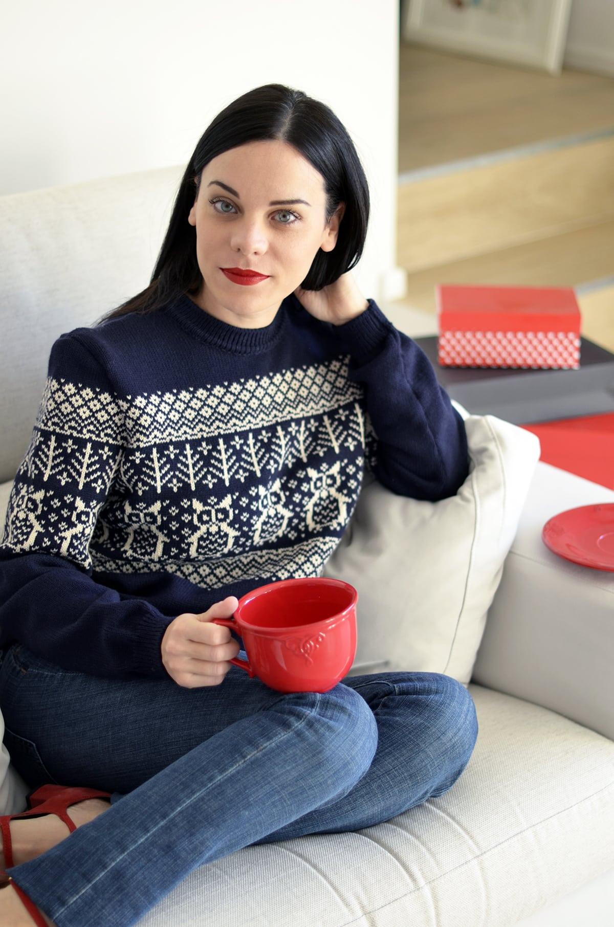 Maglione natalizio 2016: scopri come vincerne uno fatto a mano su misura per te