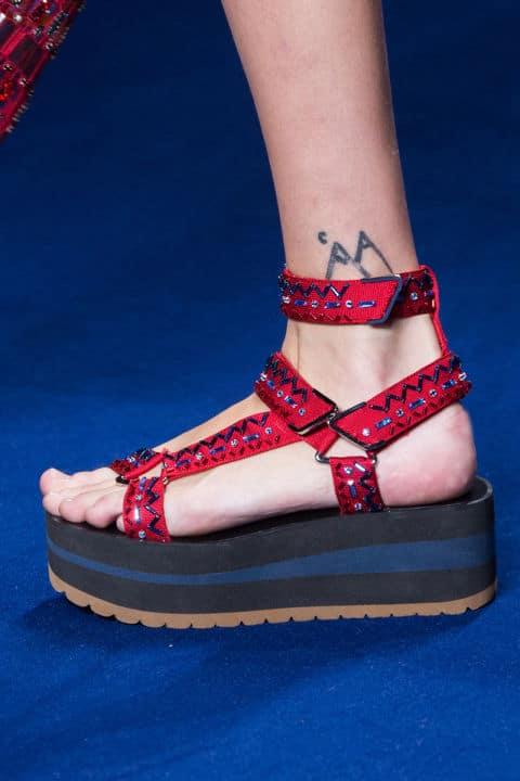 Scarpe moda 2017: flatform e jelly sandals