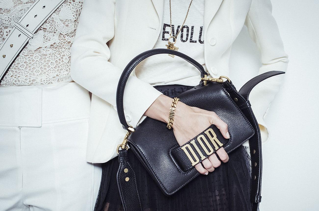 Tendenze borse primavera 2017: tra super mini ed extra large ecco cosa andrà di moda