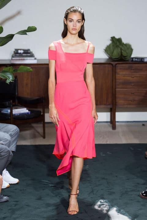 Tendenze moda primavera 2017 rosa shocking