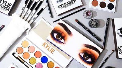 """Kylie Jenner: dai reality ai """"Cosmetics"""""""