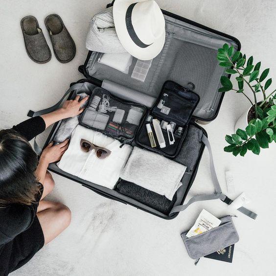 Vacanze in montagna – che cosa mettere in valigia: le 5 (+1) cose da non dimenticare