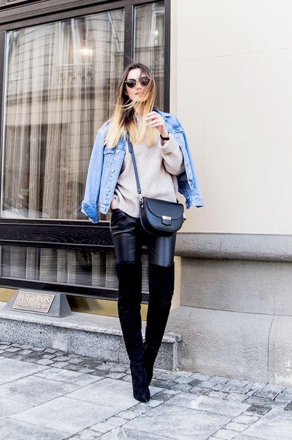 Stivali over the knee e giacca di jeans