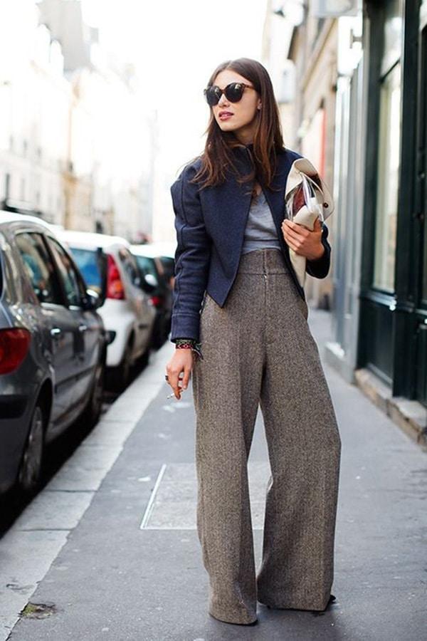 Pantaloni a vita alta e tacchi
