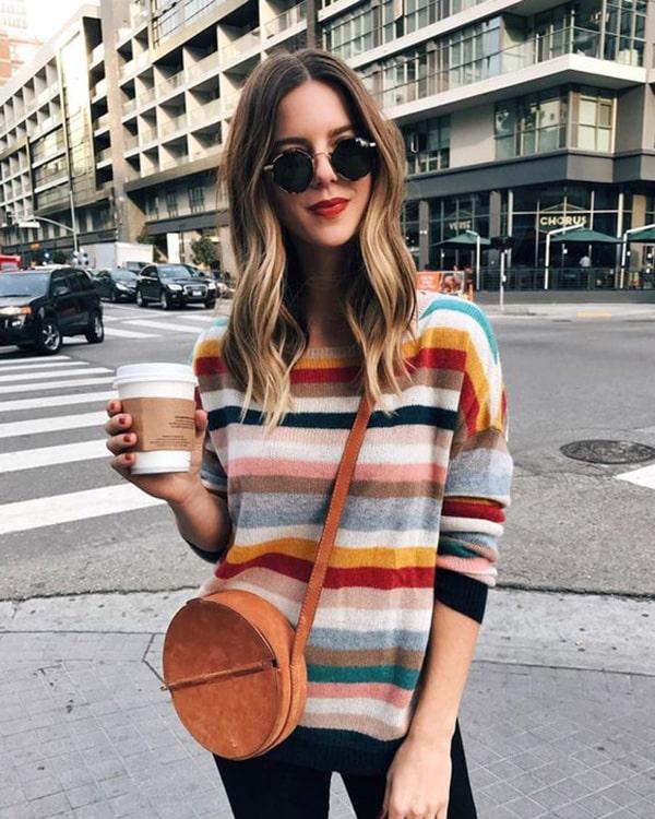 Borsa tonda e maglione