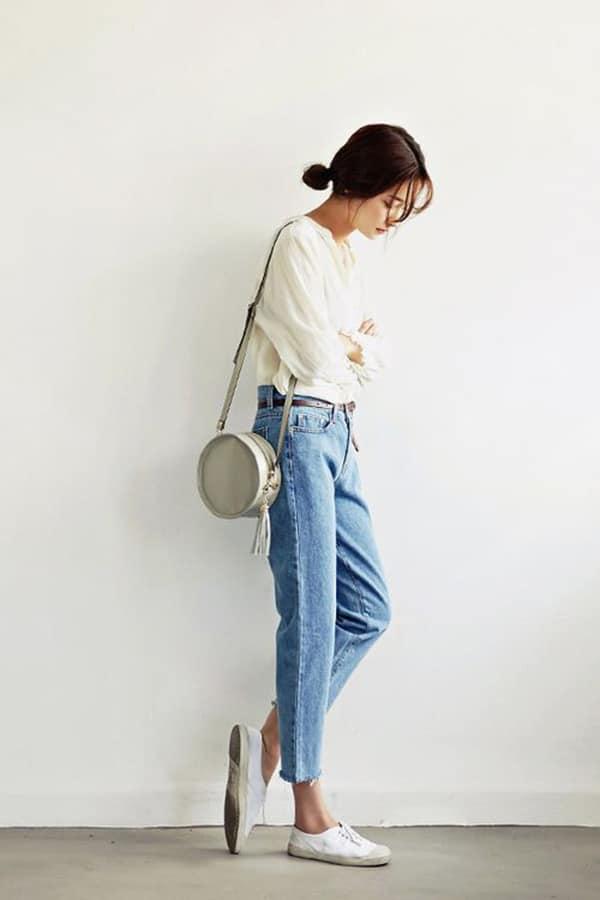 Borsa tonda e jeans