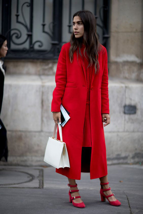 Look total red